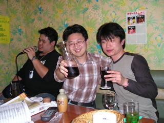 まだまだ飲むゾ、ゴルァァァ!!! (マジすか?)
